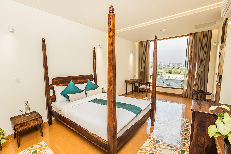 luxury-room-naad-wellness