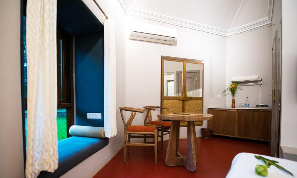 209-royal-interior2