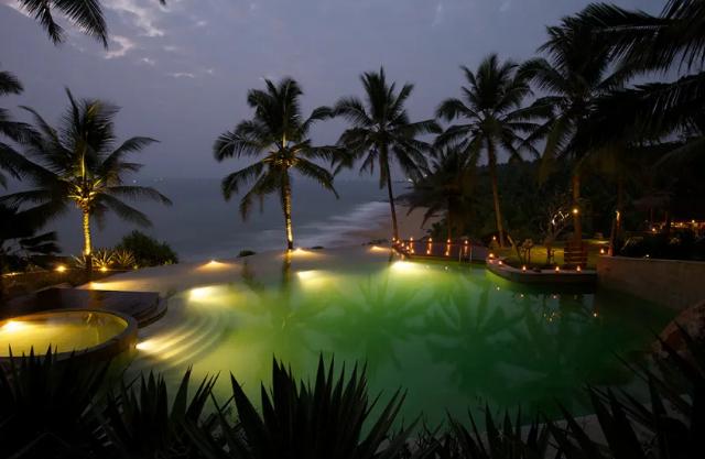 https://www.ayurvedatourindia.com/wp-content/uploads/2020/05/NiraamayaRetreatsInKovalam-640x417.png